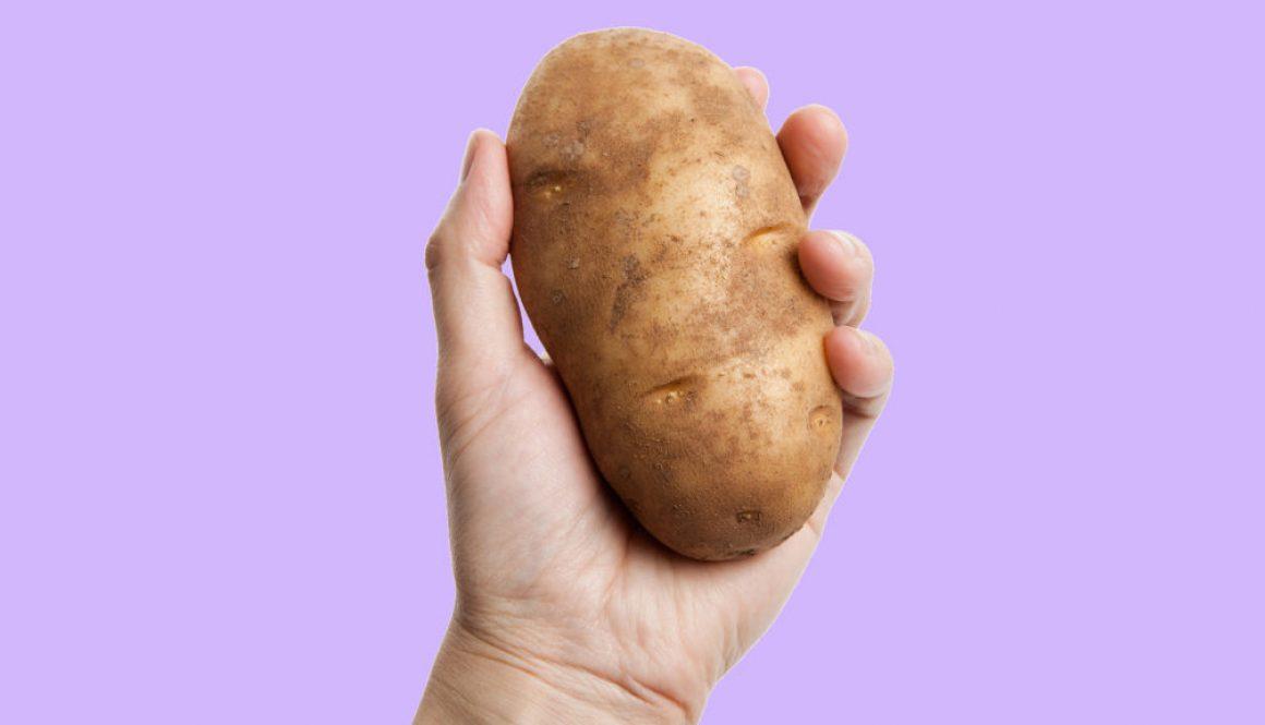 hand-hold-potato-car-sickness-today-170628tease_d40c4861d4f3de4e74f9ec56ee129be9