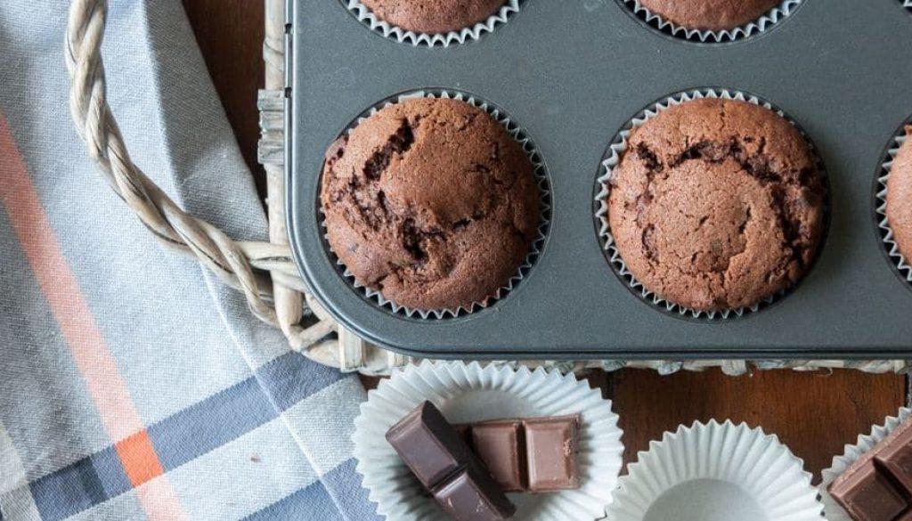 recipe_main_akis-petretzikis-muffin-triplis-sokolatas_2